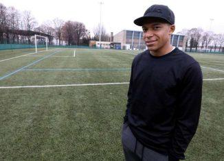 """Monaco - Juventus: Mbappé """"Buffon c'est l'un des plus grands gardiens du monde"""""""